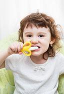 Детская зубная щётка-массажёр